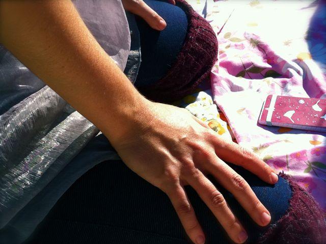 Alenas hands in am